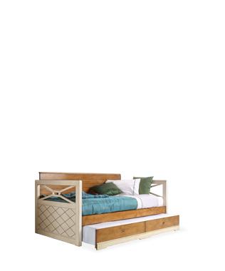 Aramis Bed